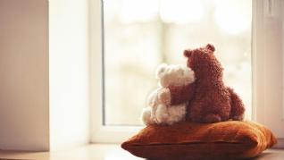 温馨浪漫情侣小熊壁纸