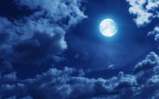 宁静夜空明月风光壁纸